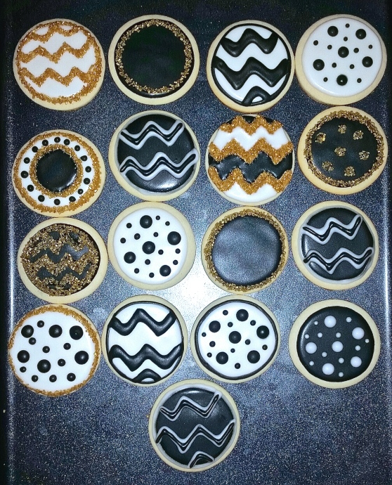 Chevron & Polka Dot Circle Cookies